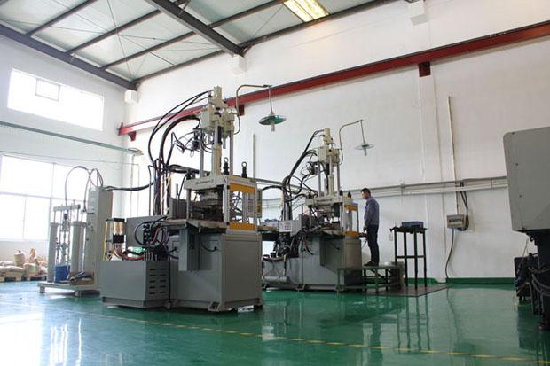 液体硅胶注塑机